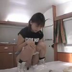 初めてカメラ前で脱糞する女の子が極太のをやってくれましたよ