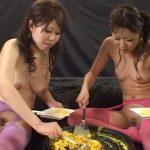 浣腸したウンコ混じりの生卵でオムレツ作り、それを食す変態女